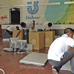 Pathway Moving packing team